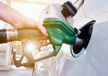 Una proposta per vietare le auto diesel e benzina dal 2035