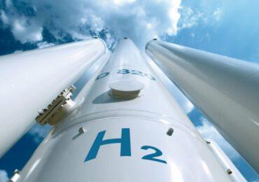 Sinergia Enel-Eni per lanciare idrogeno green, due progetti pilota nelle raffinerie italiane