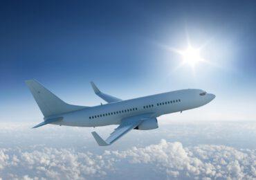 Scoperto modo per <b>convertire CO2</b> in carburante per aerei