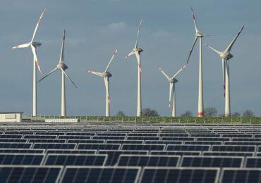 """<b>Decarbonizzazione</b> dell'economia, fino al traguardo """"net zero"""""""