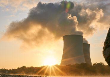 """FINANZA & CLIMA/ La """"scoperta"""" di Biden: per essere più verdi serve il nucleare"""