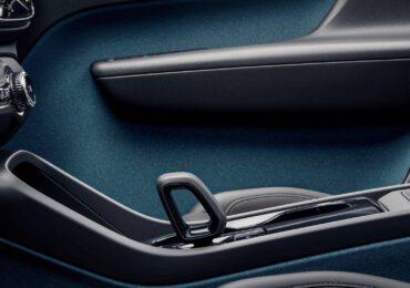 Volvo adotta la 'pelle vegana' per abbattere le <b>emissioni</b> di <b>CO2</b> - Everyeye Auto